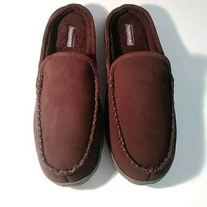 NWOT Rockport men's brown leather slippers 11